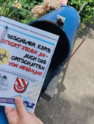 Briefkasten mit Kerbezeitung